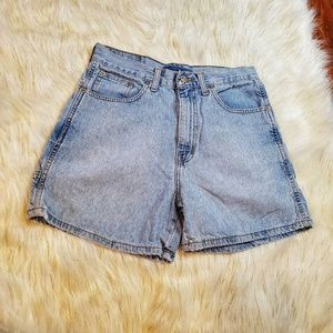 🔥 Abercrombie & Fitch Highwaisted Mom Jean Shorts